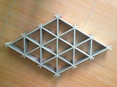 热门三角格栅